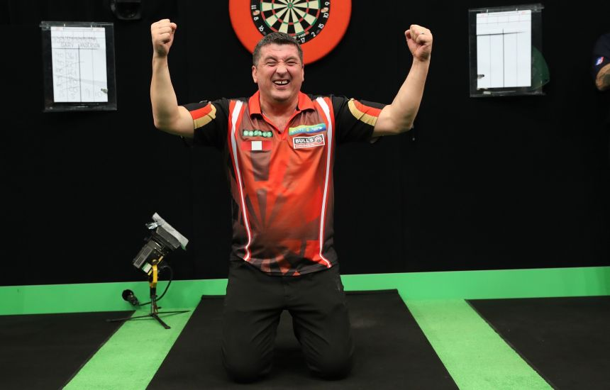 Mensur Suljovic gewinnt die Champions League of Darts