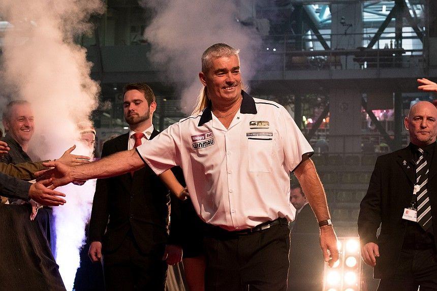 Steve Beaton im Achtelfinale der Dutch Darts Masters