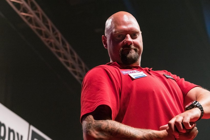 Dennis Nilsson bei den International Darts Open in Riesa