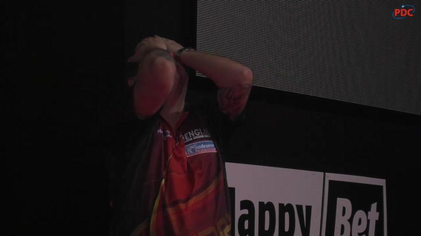 Kim Huybrechts kann es nicht fassen daß er schon wieder ein Finale in Riesa verloren hat