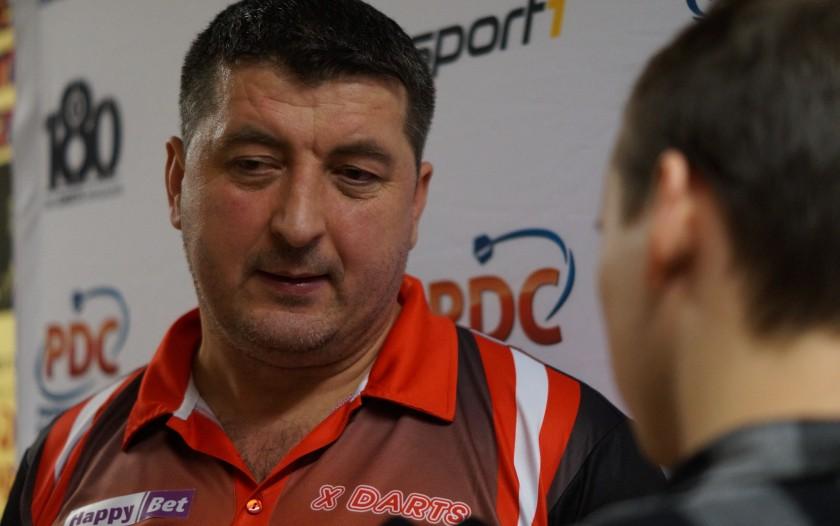 Mensur Suljovic im dartn.de Interview mit Kevin Barth - German Darts Open 2017 Saarbrücken