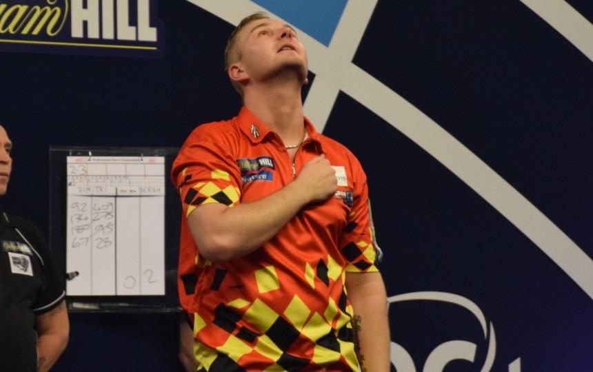 Dimitri van den Bergh steht im Viertelfinale! - PDC Dart WM 2018