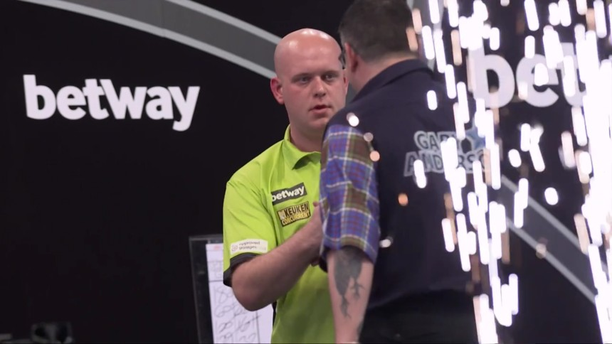 Michael van Gerwen bei der Premier League Darts 2017
