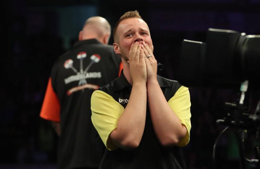 World Cup of Darts 2017 - Max Hopp hat soeben Raymond van Barneveld besiegt!!!