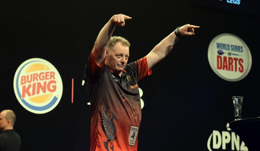 Mark McGarth hat soeben Michael Smith aus dem Turnier geworfen - Auckland Darts Masters 2018