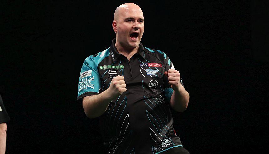 Premier League Darts 2018 - Nottingham - Rob Cross
