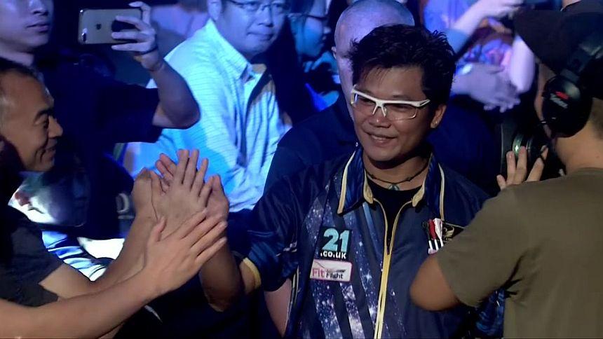 Royden Lam gewinnt in der ersten Runde in Shanghai