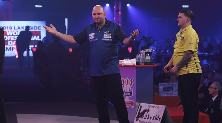 Scott Waites souverän in der 2. Runde der BDO Dart WM 2019