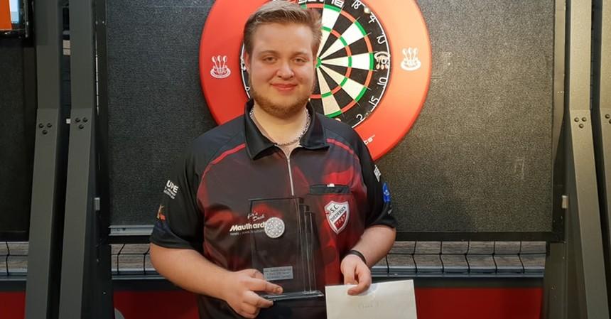 Philipp Hagemann nach dem Turniersieg