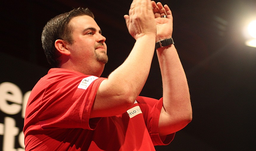 Gabriel Clemens mit dem perfekten Start in den Grand Slam of Darts 2019