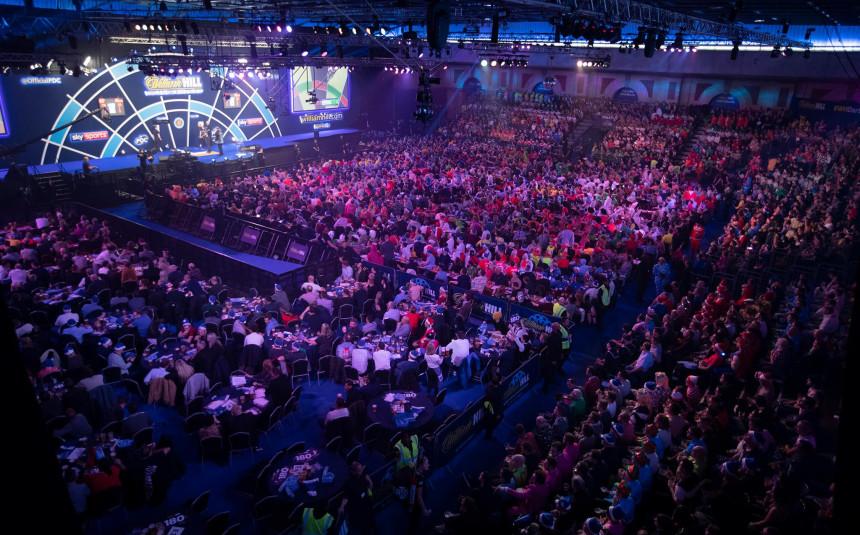 Fans bei der PDC Dart WM 2020 im Alexandra Palace
