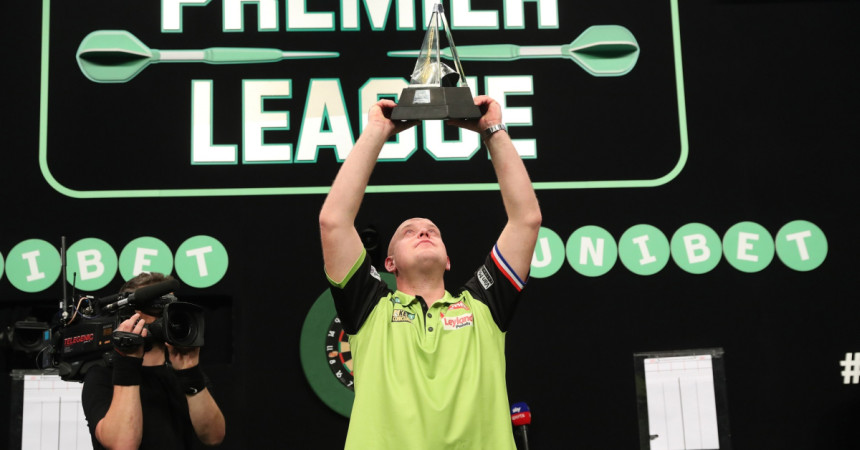 Michael van Gerwen gewann die Premier League Darts 2018