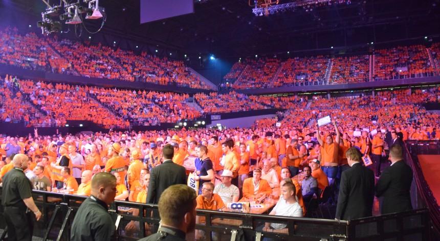 Die ausverkaufte Ahoy Arena in Rotterdam