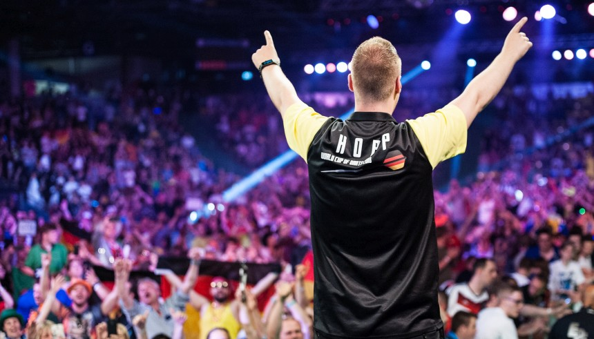 Max Hopp beim World Cup of Darts 2018