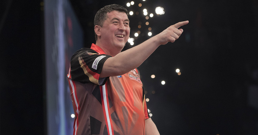 Mensur Suljovic beim World Matchplay 2019