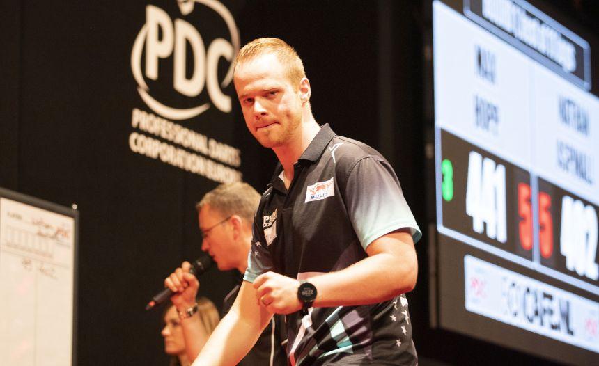 Max Hopp führt fünf deutsche Spieler in die 2. Runde