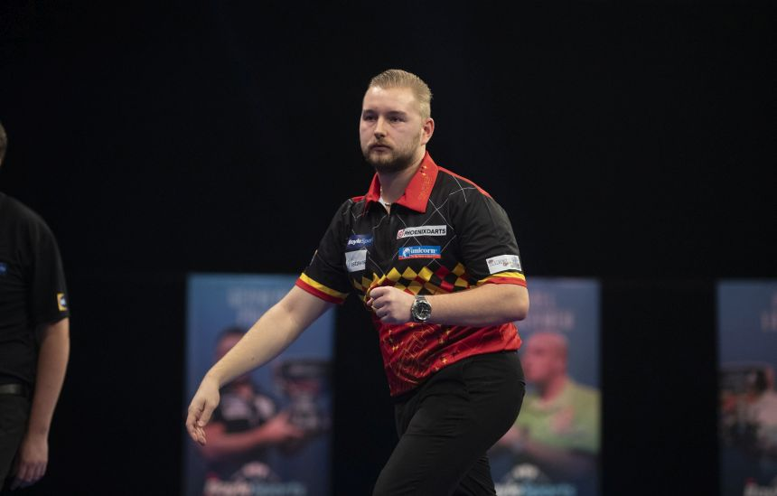 Dimitri van den Bergh mit der besten Leistung des Tages