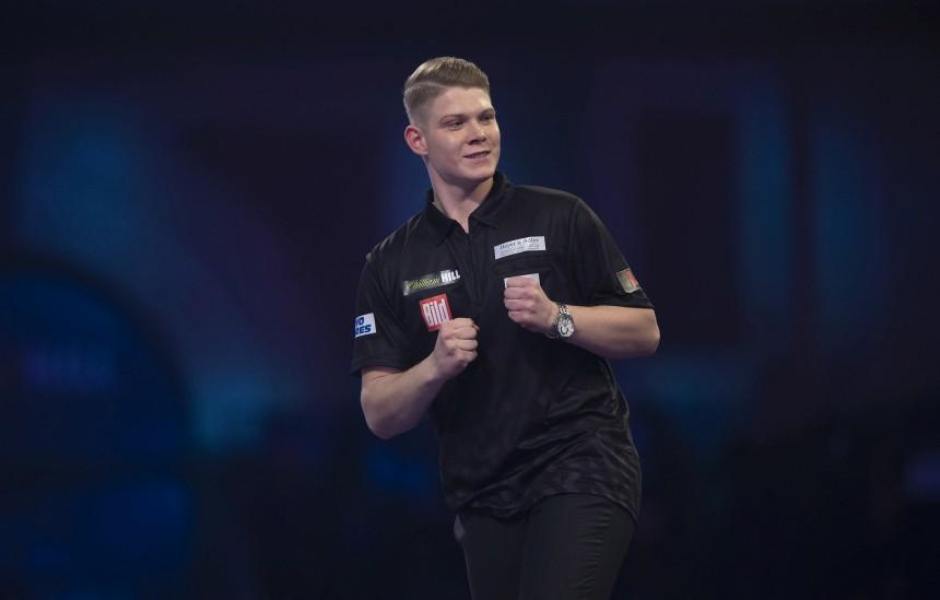 Nico Kurz gewinnt die Super League Darts Germany 2020