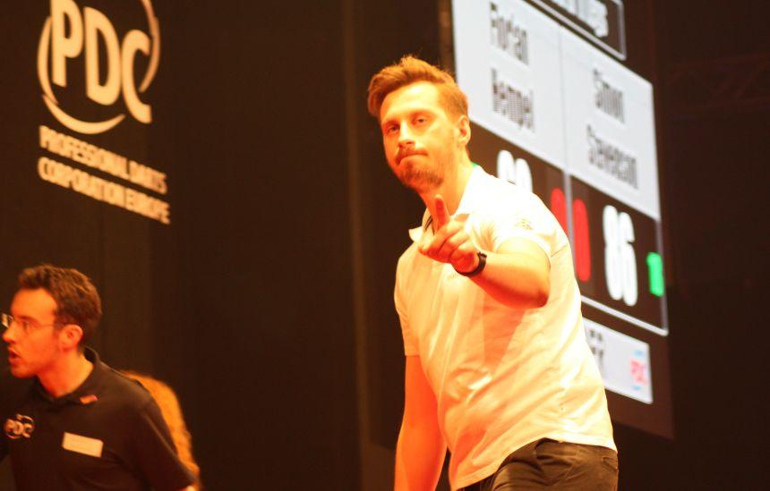 Florian Hempel zieht in die zweite Runde ein