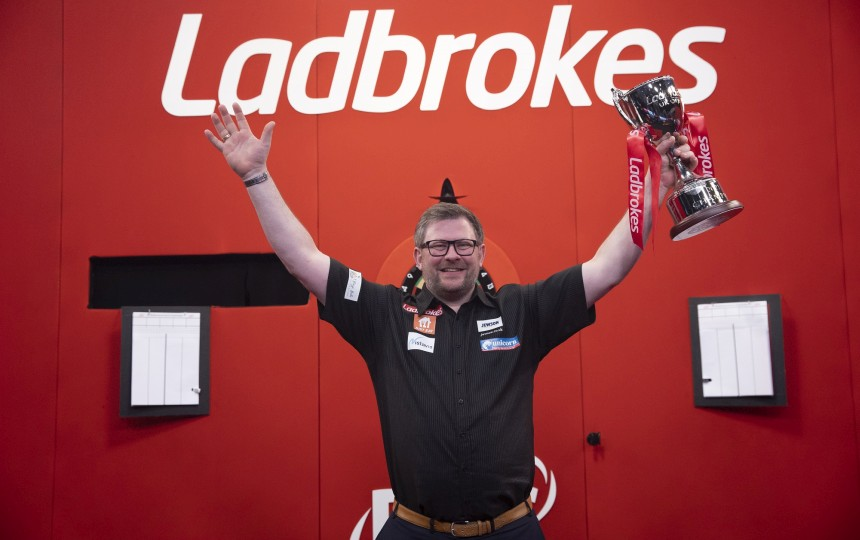 James Wade krönt sich zum UK Open Champion 2021