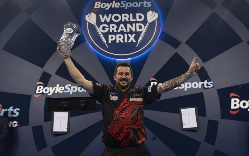 Jonny Clayton bezwingt Gerwyn Price im World Grand Prix Finale