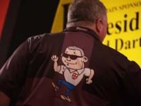 Darryl Fitton ist gegen die Nr. 1 Mark Webster ausgeschieden