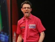 Paul Nicholson startete toll in die Dart WM 2010
