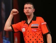 Colin Osborne qualifizierte sich heute als erster für die 2. Runde der PDC Dart WM 2011
