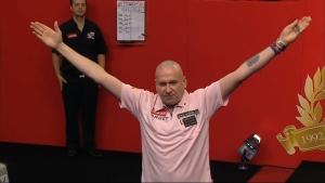 Mark Walsh ist in Runde 2 der PDC Dart WM