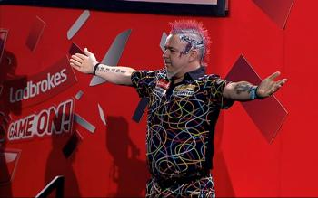 PDC Dart WM 2014: Peter Wright beim Walk On