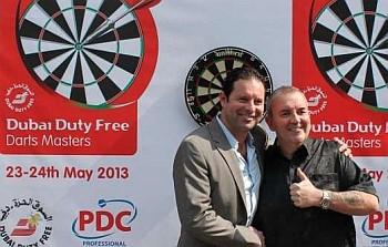 Phil Taylor bei der Präsentation der Duba Duty Free Masters 2013