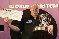 Robert Thornton bei seinem Winmau World Masters Sieg
