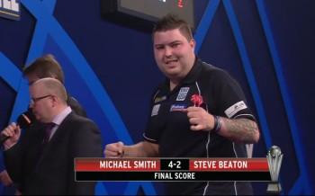 Michael Smith zieht souverän mit 4:2 gegen Steve Beaton in Runde 3 ein