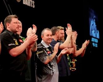 Die Teilnehmer der Premier League würdigen Jocky Wilson