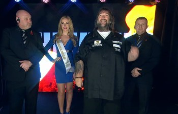 Andy Fordham Walkon Grand Slam of Darts 2015
