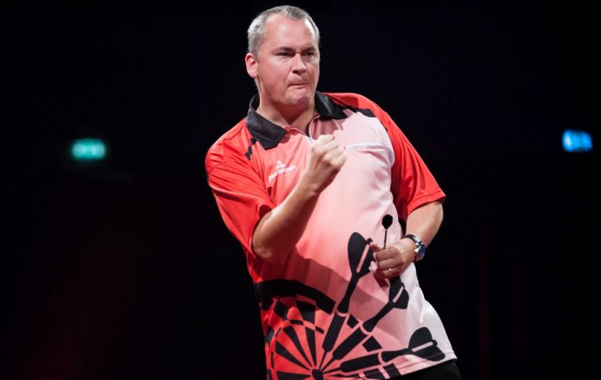 Brian Lokken feiert einen Leggewinn auf der European Tour